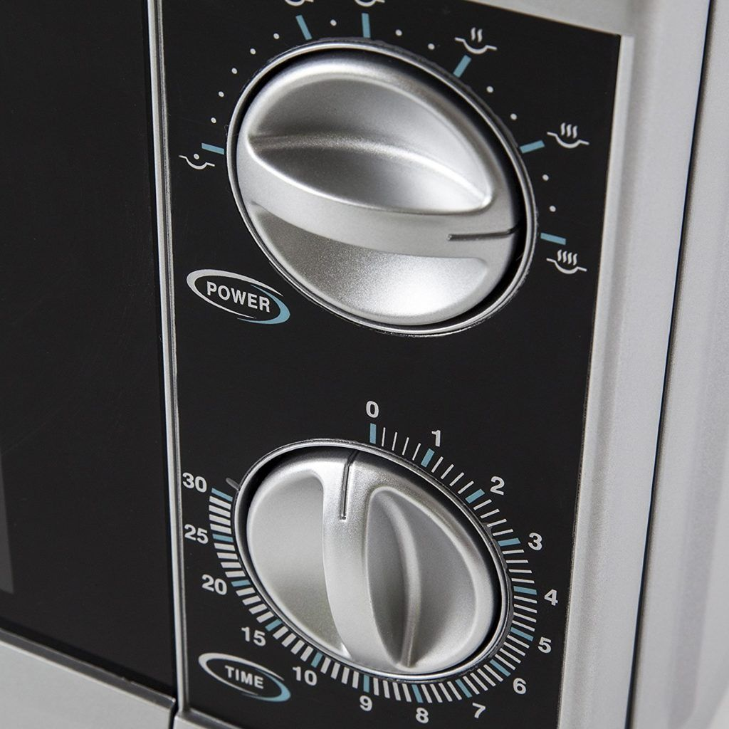 Tower T24001 Manual Microwave with Timer Controls